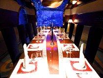 Restauraci v nejluxusnějším hotelu světa zdobí nádherná akvária