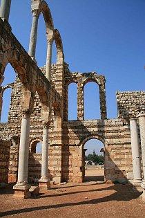 Rekonstrukce paláce