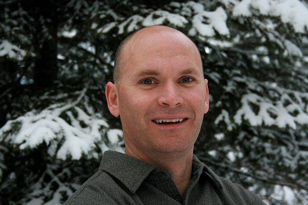Anthony Doerr získal za svou předchozí knihu Jsou světla, která nevidíme Pulitzerovu cenu.