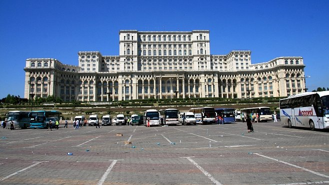 Bukurešť aneb Zažít pocit diktátora na balkóně Paláce lidu