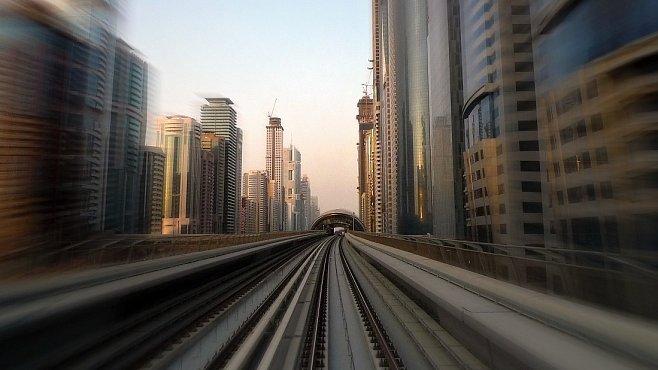 Dubajské metro nemá řidiče. Sedět v prvním voze je zážitek