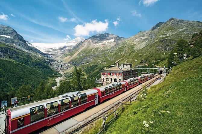 Projet se ve Švýcarsku vlakem je opravdový zážitek.