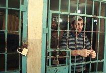 Vězeň v Gaze po modlitbě na začátku postnéío měsíce.
