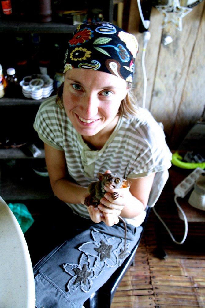 Milada Řeháková, zakladatelka projektu Tarsius, se snaží roztomilé primáty zachránit.