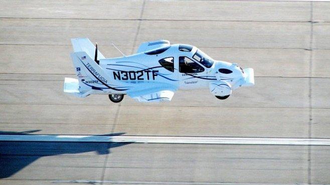 Létající auta se s úspěšným testem v USA přiblížila realitě