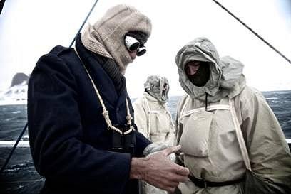 Tim Jarvis s týmem měli celou dobu oblečení stejné jako měl před sto lety Shackleton.