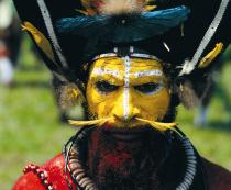 Luboš Fellner: Guinea - Nejexotičtější lidé světa