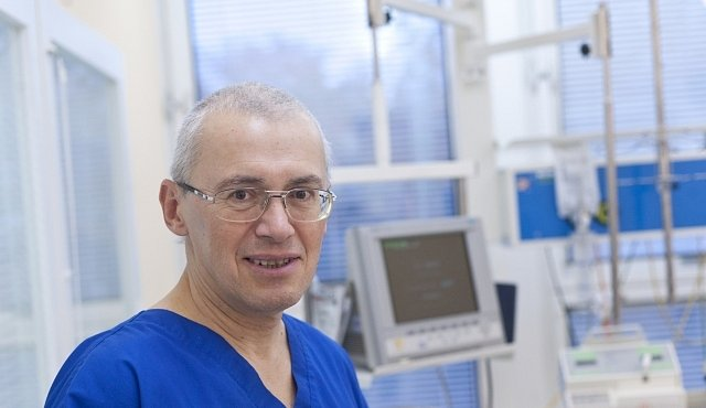 Česká hlava, která léčí srdce - to je prof. Petr Widimský