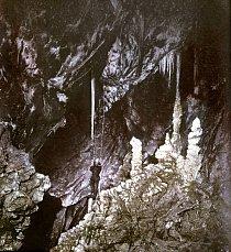 Punkevní jeskyni objevil Karel Absolon.