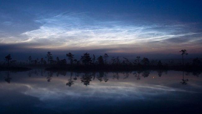 Mraky svítící uprostřed noci můžete právě nyní vidět i v Česku. Poradíme vám kdy
