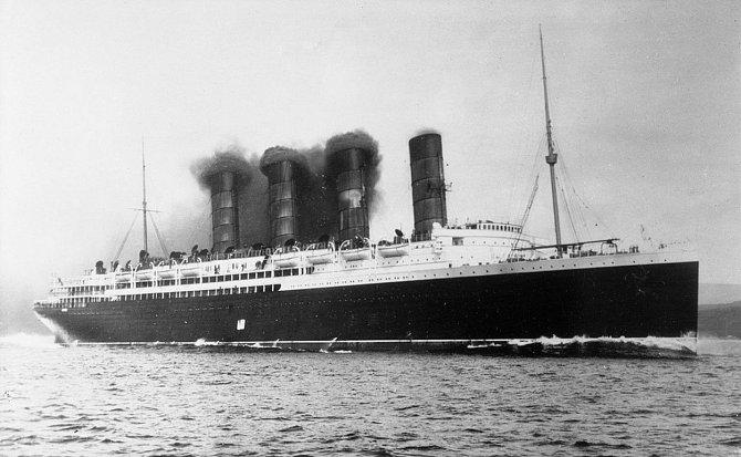 Potopení Lusitanie - jeden zmilníků první světové války