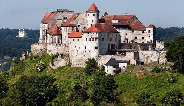 Výlet na nejdelší hrad, který stále žije