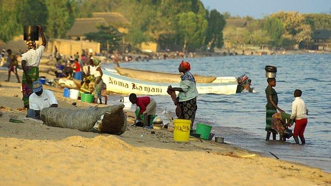 SLIDESHOW: Africké jezero Malawi patří mezi rekordmany a ukrývá data kalendáře