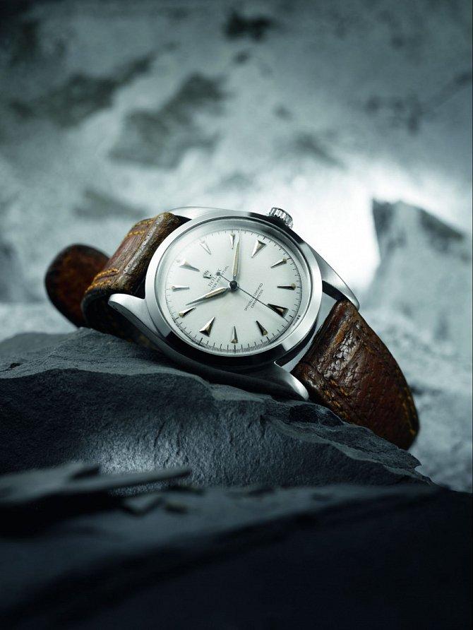 Edmund Hillary zdolal Mount Everest smodelem Rolex Oyster Perpetual.