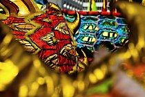 Čínský Rok draka začíná 23. ledna 2012 a končí 9. února 2013.