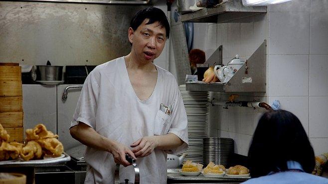 Jídelna v Hongkongu: když pach i vůně jedno jsou