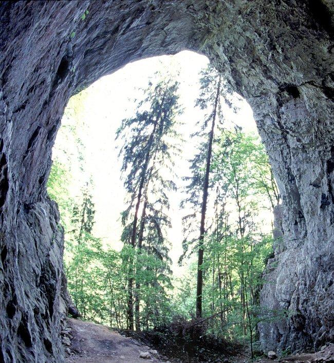 Portál Rytířské jeskyně