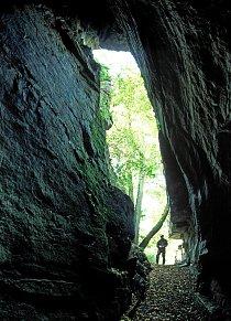 Pseudokrasová jeskyně Ledové sluje u Vranova