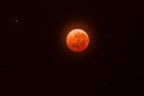 Krvavý měsíc přijde již v sobotu, 4. dubna, Evropané si ale budou na tuto podívanou muset počkat do září.