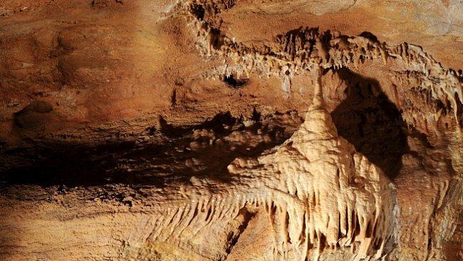 Koněpruské jeskyně skrývaly kromě kostí zvířat a pravěkých lidí unikátní penězokazeckou dílnu