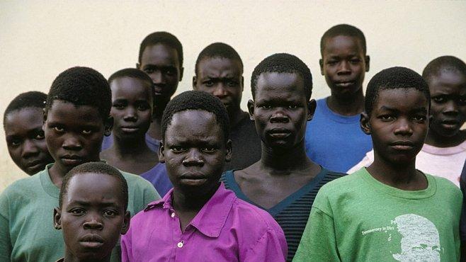 Kony 2012: Může video na You Tube pomoci zatknout válečného zločince?