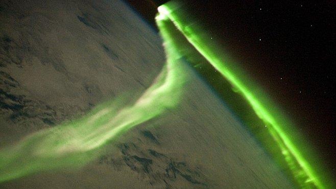Polární záře snímaná z vesmíru: video, které vyrazí dech