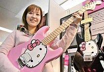 Hello Kitty kytara.