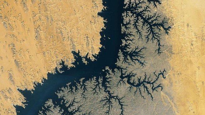Deset nejkrásnějších fotografií Země z vesmíru. Tak ji vidí Google