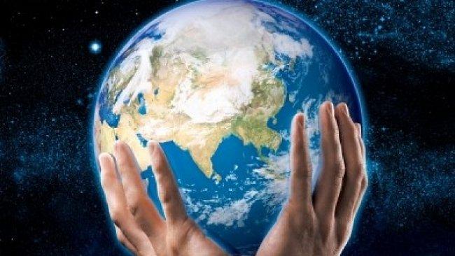 Evoluce neexistuje a člověk byl stvořen před 10 000 lety, myslí si půlka Američanů