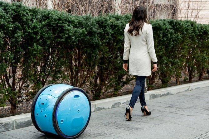 Piaggio plánuje zahájit testování robota během příštích šesti měsíců.