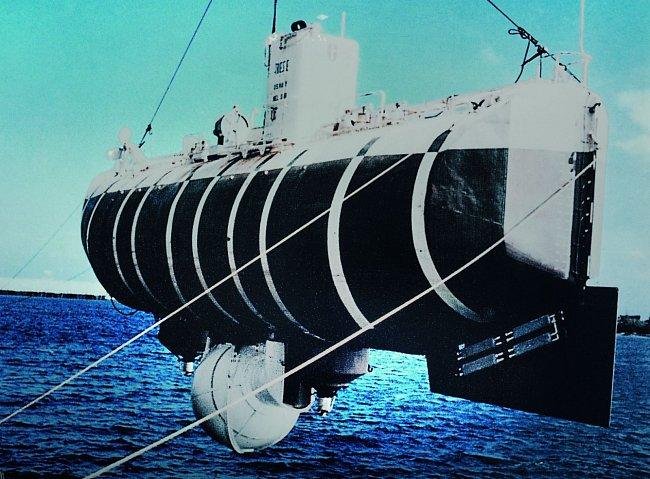 Piccard dosáhl v lednu roku 1960 během mise Challenger v batyskafu Trieste, který navrhl jeho otec August, ukončení shazování jaderného odpadu na mořské dno.