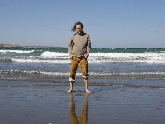 Vopěnka jako spisovatel čerpá ze svého širokého přehledu, který získal jednak nechtěným studiem matematiky a fyziky, jednak svými cestovatelskými aktivitami i zájmem o osud a budoucnost lidské civilizace.