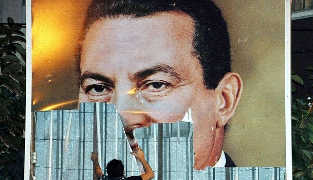 Husní Mubárak vládl Egyptu 30 let. Déle panovali už jen faraoni
