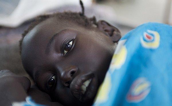 Svědectví zdravotní sestry Lékařů bez hranic: O smrti, dětech, podvýživě a úsměvech