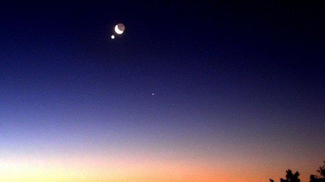 DNES: Mars se potká s Měsícem. A bude to nádherná podívaná