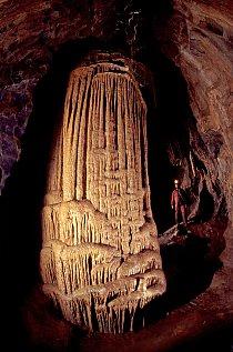 Největší krápník je v jeskyni Řečiště.