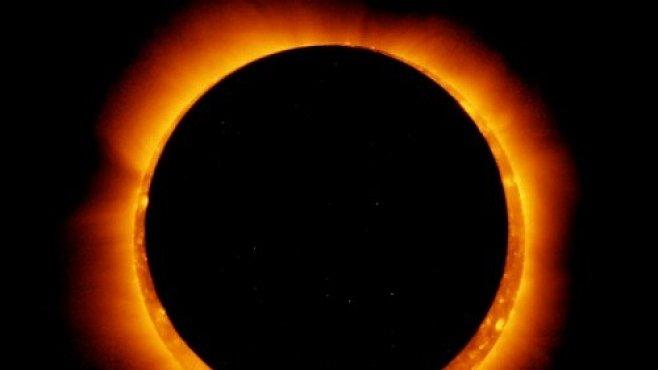 Miliony lidí sledovaly vzácné zatmění Slunce. V Česku jsme ho spatřit nemohli