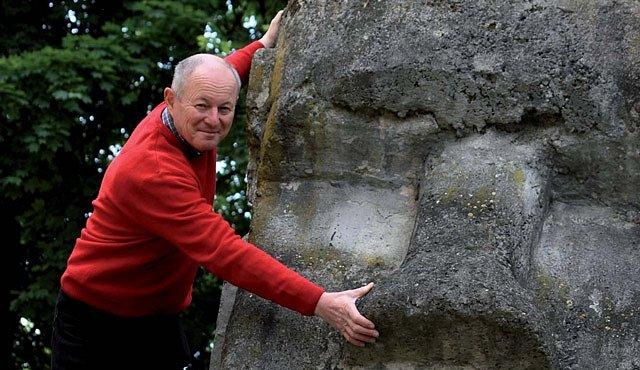 Vypravte se na Velikonoční ostrov s Pavlem Pavlem