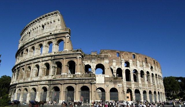 Proč padl antický Řím? Kvůli problémům, kterými trpí inaše civilizace