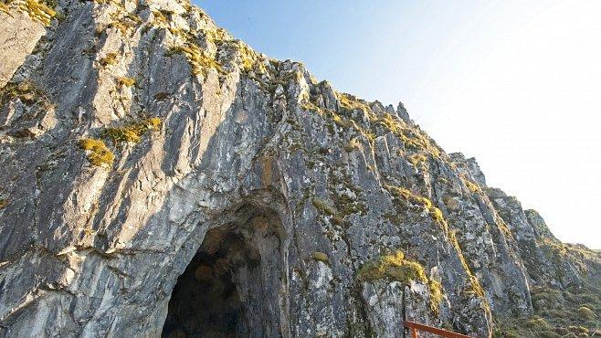 Jeskyně Balcarka nabízí podzemní bludiště a dómy ve dvou patrech