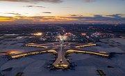 Nové pekingské letiště má sedm přistávacích a vzletových dráh.
