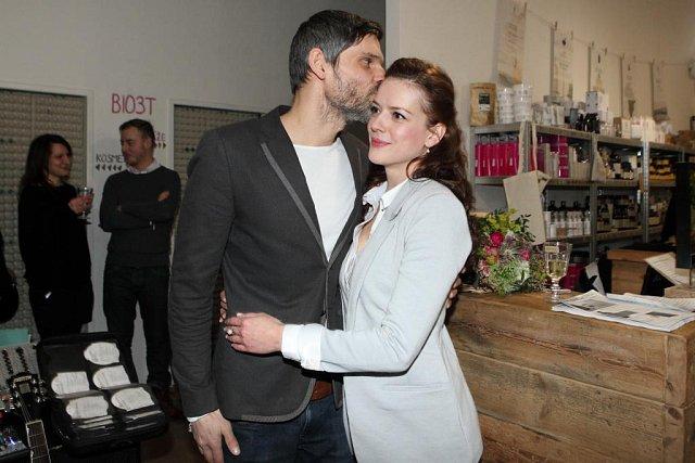 Andrea Kerestešová se se svým přítelem Mikolášem Růžičkou chystá na výlet k protinožcům.