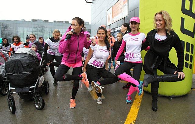 Antalová, Kynychová a Decastelo spolu s ostatními maminami pěkně vyběhly.