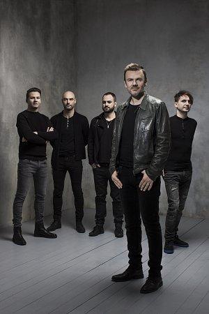 Michal Hrůza se s kapelou vrací na koncertní pódia.