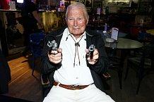 Nechce se věřit, že vitální Karel Fiala letos oslaví 89. narozeniny.