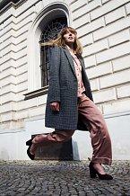 Kabát, 1199 Kč, pyžamo, 699 Kč, lodičky, info o ceně v obchodě Kč, vše F&F.