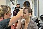 Líčení se ujala top česká vizážistka Hristina Georgievska, která je lektorkou Foto make-up kurzu.