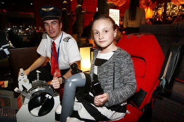 Malá Sofie si vyzkoušela, jaké je to je být pilotem.