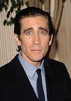 V roce 2014 musel zhubnout 12 kilo kvůli roli sociopata ve filmu Slídil.