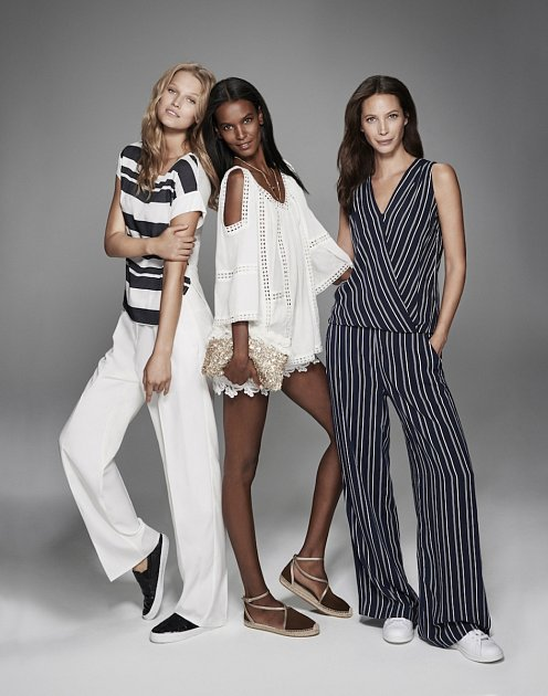 Toni Garrn, Liya Kebede a Christy Turlington.